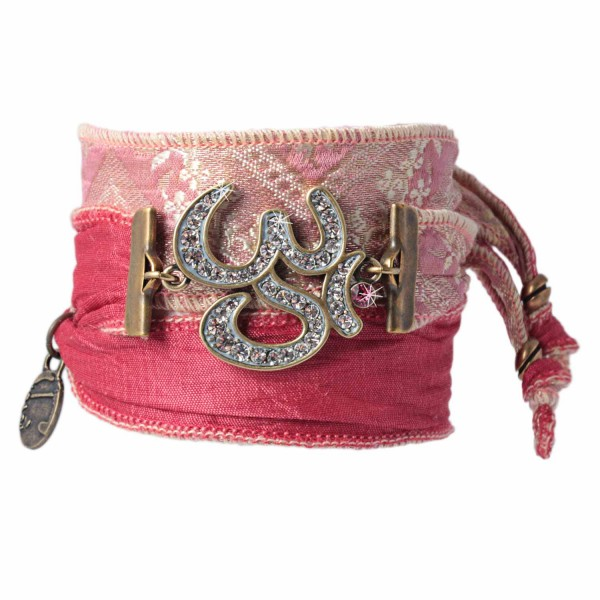 Indian Red - Radiant Om Talismanarmband aus indischen Saris